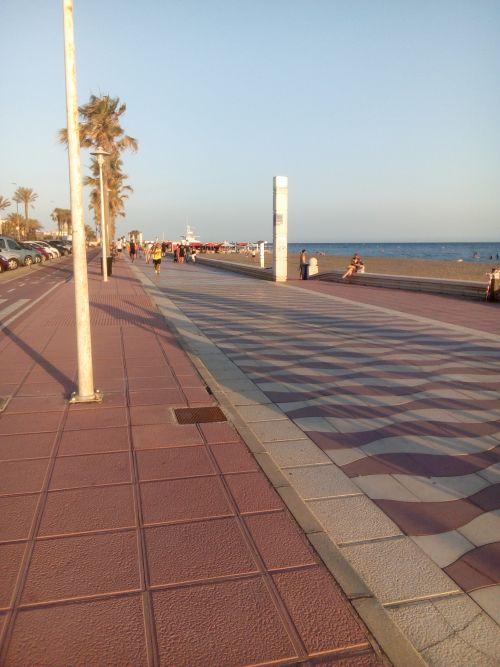 Almeria 29-5-20 paseo maritimoo
